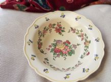 RARE LARGE BOLD SCALLOP RIM BOWL ROYAL DOULTON D5166 9-32 CREAM GROUND FLORAL